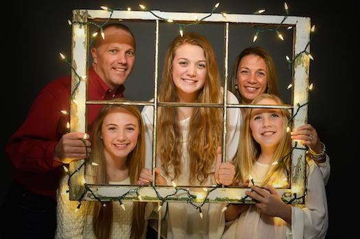 MERRY CHRISTMAS – Columbus, Ohio family photographer
