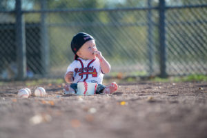 First Birthday Photos – We Hit a Home Run!