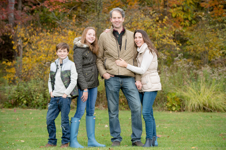 Fall outdoor family pictures
